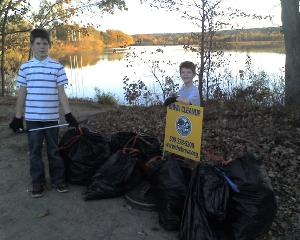 young volunteers at Fall 2013 cleanup